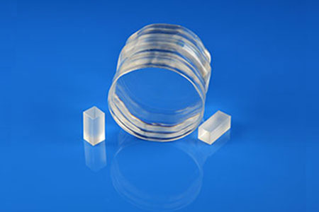 Photoelectric crystal